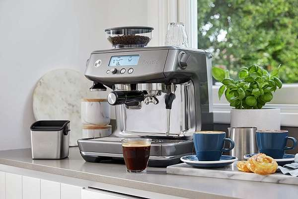 What Are The Differences and Similarities Between the Breville barista express vs pro Espresso Machine