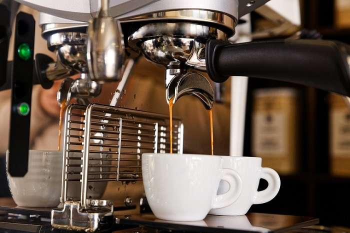 What do BARs mean on espresso machines