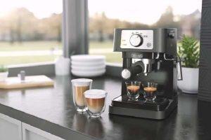 Key Features Of Delonghi EC260BK Espresso Machine